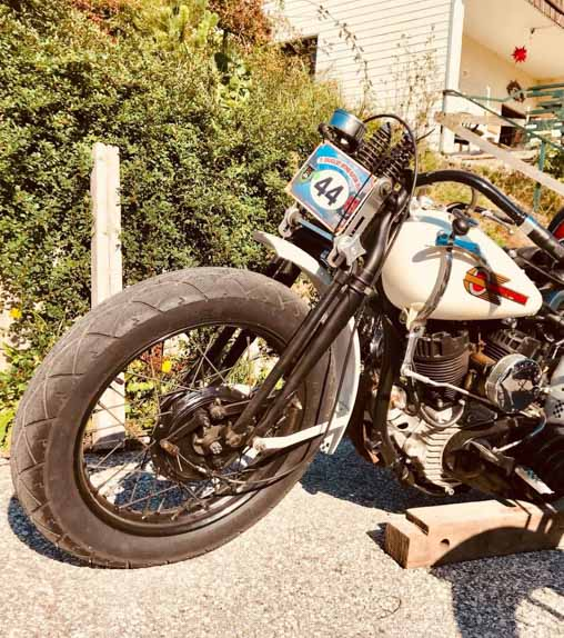 white harley davidson racing bike built year 1943